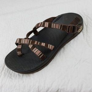Chaco Z/2 Classic Toe Loop Sandals Pink Brown